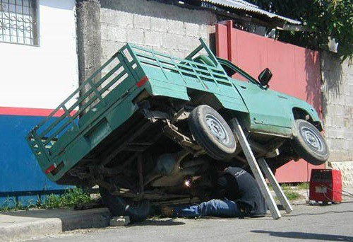 Automotive Lift Compliance Don T Be This Guy Fast Equipment